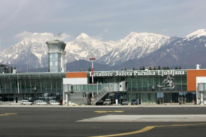 Gen set for Jože Pučnik airport.